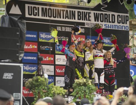 podio femminile_val di sole mtb world cup