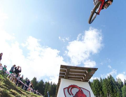 jump josh bryceland_val di sole world cup the finals DH